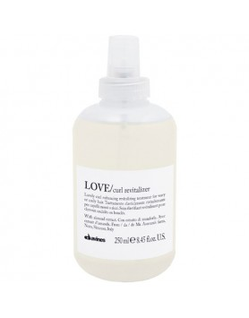 Davines Essential Haircare Love Curl revitalizer